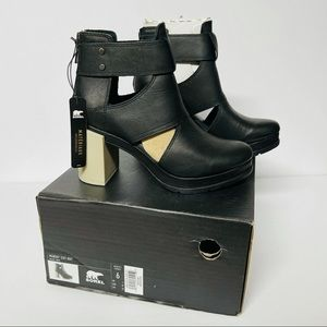 Sorel Margo cutout leather ankle bootie NIB size 6